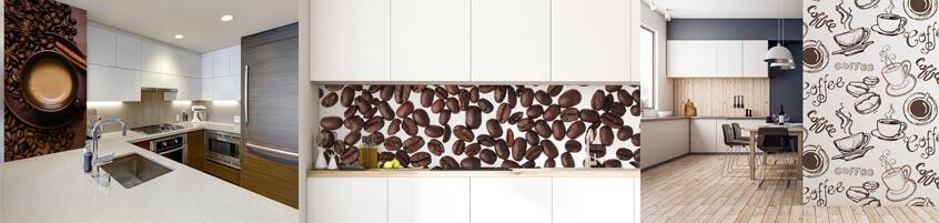 Pobudzający łyk kawy na kuchennych ścianach