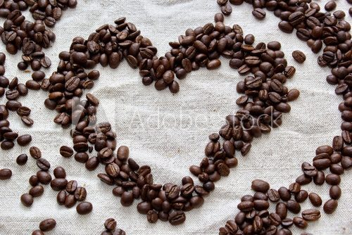 Fototapeta coffee beans formed to heart