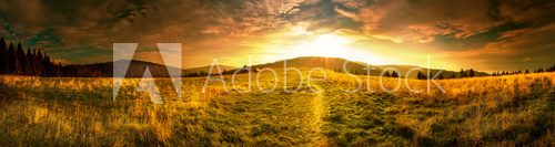 Fototapeta Panoramic view of the sunrise in the Tatra mountains